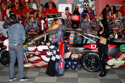 Race winner Austin Dillon, Richard Childress Racing Chevrolet and fiancée, Whitney Ward