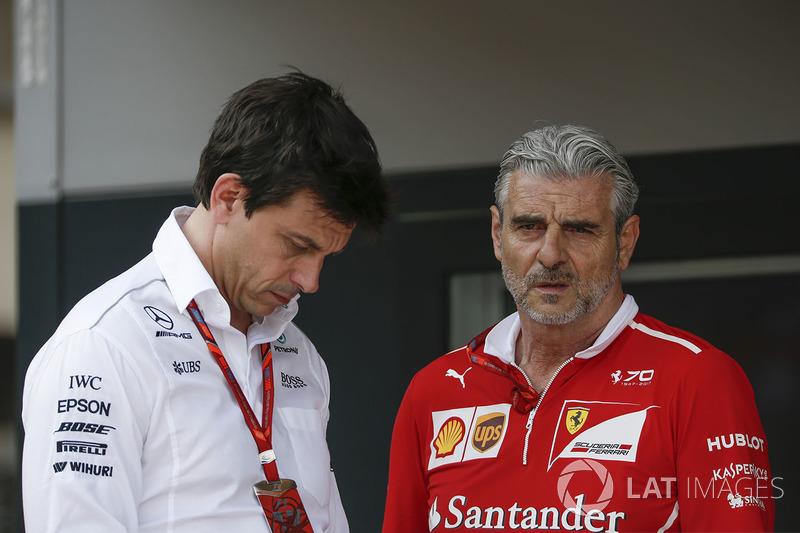 Toto Wolff, Mercedes AMG F1 Director of Motorsport and Maurizio Arrivabene, Ferrari Team Principal