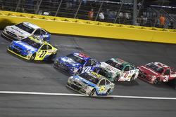 Michael McDowell, Leavine Family Racing Chevrolet, Regan Smith, Richard Petty Motorsports Ford, Paul