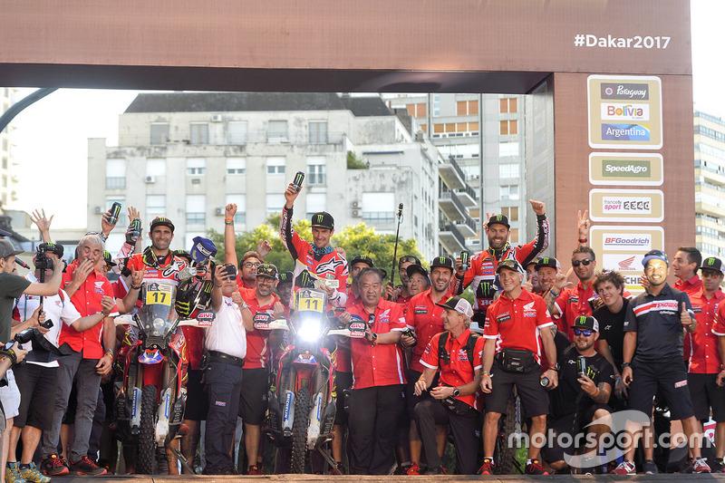 #17 Monster Energy Honda Team: Paulo Goncalves, #11 Monster Energy Honda Team: Joan Barreda