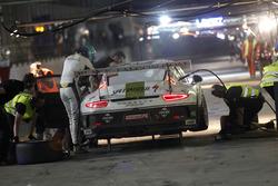 Pit stop #69 Black Falcon Porsche 991 Cup: Burkard Kaiser, Sören Spreng, Miguel Toril, Bandar Alesay
