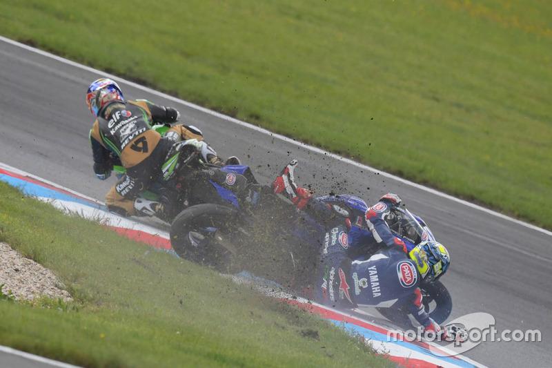 La caduta di Federico Caricasulo, GRT Yamaha Official WorldSSP Team, Kenan Sofuoglu, Kawasaki Puccetti Racing