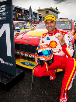 Race winner Fabian Coulthard, Team Penske Ford