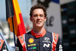 Podium: Winner Thierry Neuville, Hyundai i20 Coupe WRC, Hyundai Motorsport