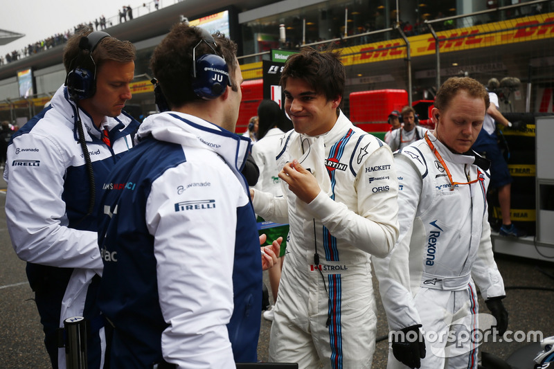 Lance Stroll, Williams, en la parrilla