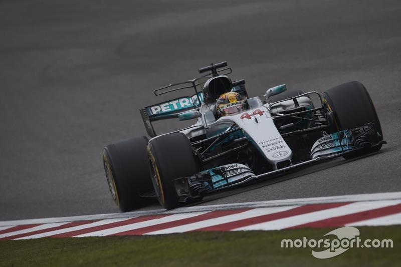 Hamilton about tyre wear