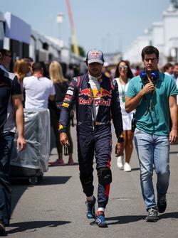 Карлос Сайнс-мл., Scuderia Toro Rosso