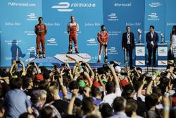 Lucas di Grassi, ABT Schaeffler Audi Sport, Felix Rosenqvist, Mahindra Racing, e Nick Heidfeld, Mahi