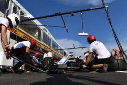 Sauber s'entraîne aux arrêts aux stands