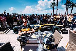 Нико Хюлькенберг на показательных заездах Renault в Сан-Рафаэле