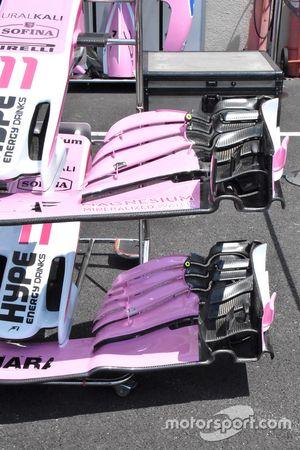 Vue détaillée des ailerons avant de la Force India VJM11
