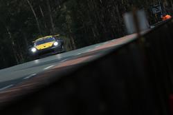 #56 Team Project 1 Porsche 911 RSR: Jörg Bergmeister, Patrick Lindsey, Egidio Perfetti
