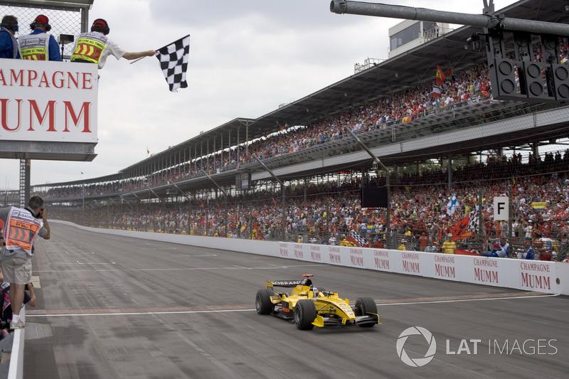 Tiago Monteiro, Jordan Toyota EJ15 finishes third