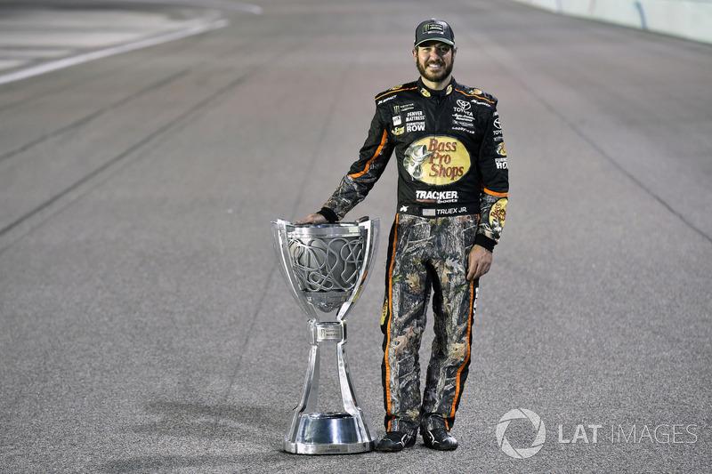 NASCAR Cup (MENCS): Martin Truex Jr. (USA)