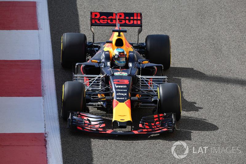 Ricciardo werd in VT2 door Grosjean opgehouden en reageerde sarcastisch