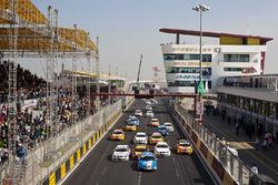 Rob Huff, Chevrolet Cruze LT, Andy Priaulx, BMW 320si, Jordi Gene Guerrero, SEAT Leon 2.0 TDI, Augus