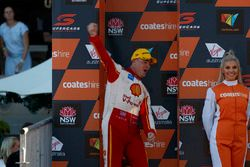Podium: Race winner Scott McLaughlin, Team Penske Ford