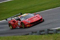 #61 R. Ferri Motorsport Ferrari 488 GT3: Toni Vilander, Miguel Molina