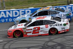 Brad Keselowski, Team Penske, Ford Fusion Wurth and Kevin Harvick, Stewart-Haas Racing, Ford Fusion Busch Beer