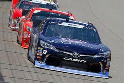 Brandon Jones, Joe Gibbs Racing, Toyota Camry Toyota XYO Networks and Kyle Busch, Joe Gibbs Racing,