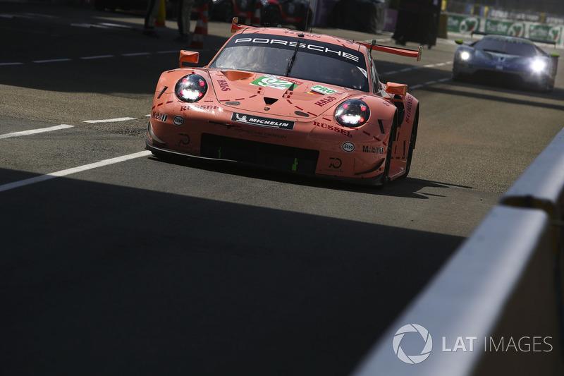 #92 Porsche GT Team Porsche 911 RSR: Michael Christensen, Kevin Estre, Laurens Vanthoor, Dirk Werner