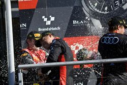 Podio: #1 Belgian Audi Club Team WRT Audi R8 LMS: Christopher Mies