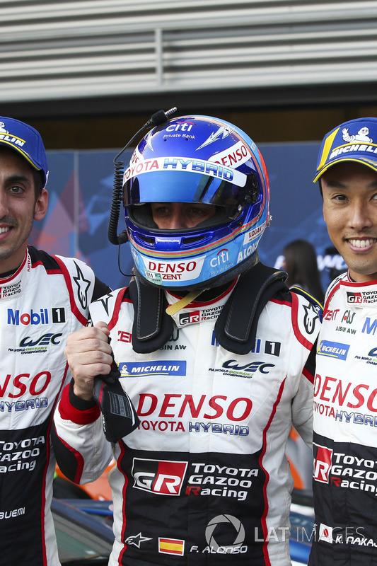 Winners Fernando Alonso, Kazuki Nakajima, Toyota Gazoo Racing