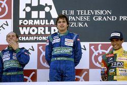 Podium : le vainqueur Nelson Piquet, Benetton Ford, le second Roberto Moreno, le troisième Aguri Suzuki, Lola
