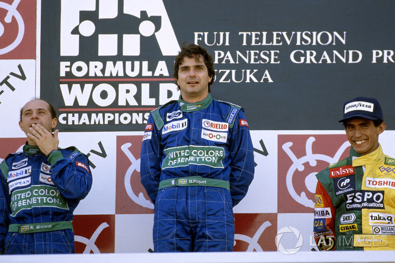 Podium: winner Nelson Piquet, Benetton Ford, second place Roberto Moreno, third place Aguri Suzuki,
