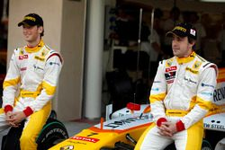Fernando Alonso, Renault F1 Team ve Romain Grosjean, Renault F1 Team