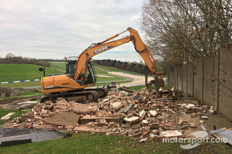 Donington Park upgrade
