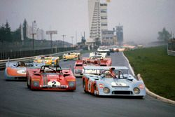 Derek Bell, Gijs van Lennep, Mirage M6 Ford lider, Arturo Merzario, Brian Redman, Ferrari 312PB startta
