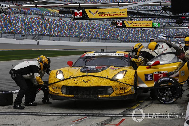 Pitstop, #3 Corvette Racing Chevrolet Corvette C7.R, GTLM: Antonio Garcia, Jan Magnussen, Mike Rocke