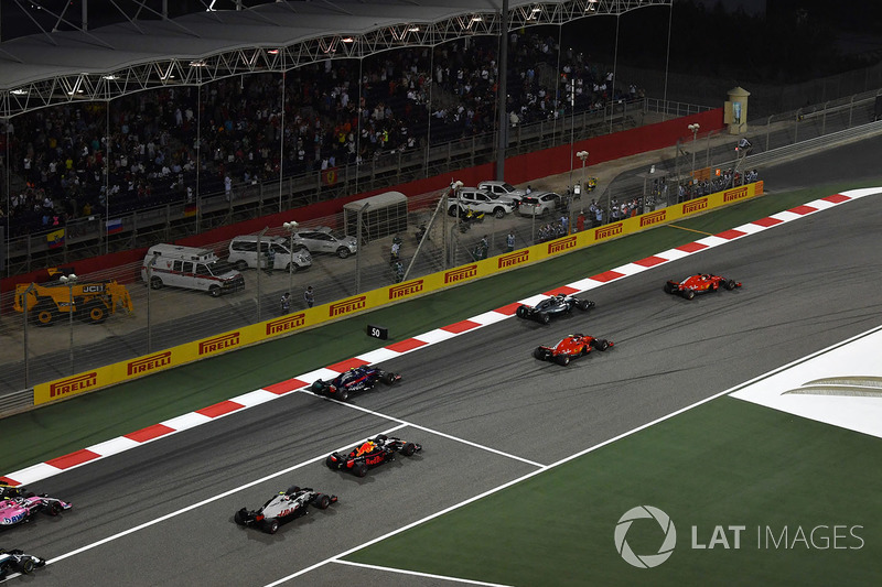 Sebastian Vettel, Ferrari SF71H al inicio de la prueba