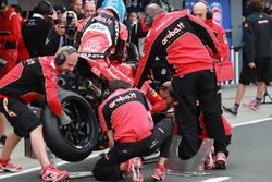 Marco Melandri, Aruba.it Racing-Ducati SBK Team Pirelli lastik değişikliği