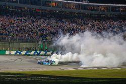 Martin Truex Jr., Furniture Row Racing, Toyota Camry Auto-Owners Insurance celebration