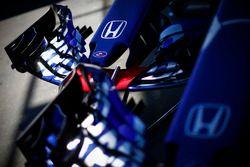 Les nez de la Toro Rosso STR13 Honda