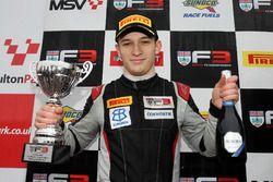 Podio: segundo lugar Tristan Charpentier, Fortec Motorsports