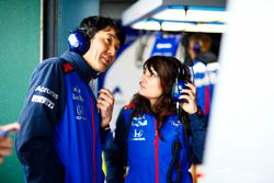 Engineers at work in the Toro Rosso garage