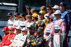 La photo de groupe des pilotes
