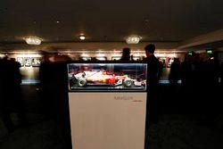 Un modèle de la voiture de Sebastian Vettel Ferrari
