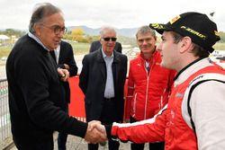 Sergio Marchionne, CEO FIAT con # 8 Octane 126 Ferrari 488: Fabio Leimer
