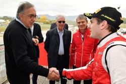 Sergio Marchionne, CEO FIAT with #8 Octane 126 Ferrari 488: Fabio Leimer