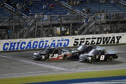 Noah Gragson, Kyle Busch Motorsports, Toyota Tundra Safelite AutoGlass and John Hunter Nemechek, NEMCO Motorsports, Chevrolet Silverado