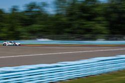#63 Scuderia Corsa Ferrari 488 GT3, GTD: Cooper MacNeil, Gunnar Jeannette, Jeff Segal