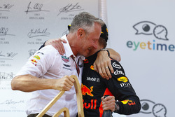 Jonathan Wheatley, Team Manager, Red Bull Racing, and Max Verstappen, Red Bull Racing, 1st position, celebrate on the podium