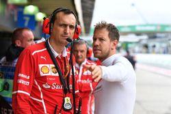 Riccardo Adami, ingegnere di pista Ferrari e Sebastian Vettel, Ferrari