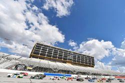 Tyler Reddick, JR Motorsports Chevrolet Camaro e Ryan Truex, Kaulig Racing, Bar Harbor / Sea Watch I