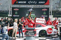 Ryan Preece, Joe Gibbs Racing, Toyota Camry Rheem in victory lane