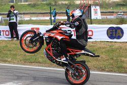 Motosiklet gösterisi